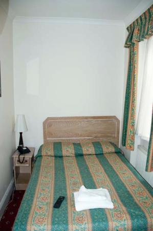 Very small rooms home design for Very small room