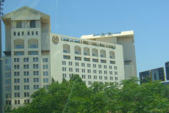 Sheraton Amman Al Nabil Hotel: amman sheraton - building