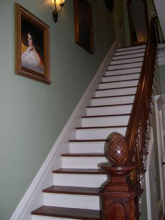 109 West: Main house staircase