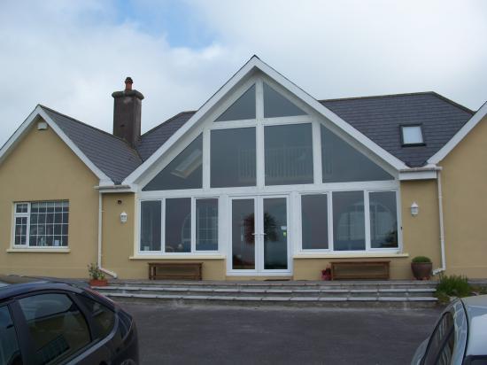 Glendine Irish Home: Front of B & B