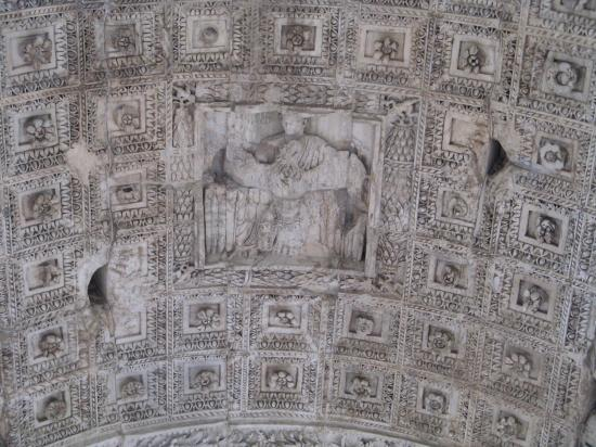 Coffered Barrel Vaulted Ceiling Arco Di Tito Bild Von