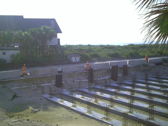 Oceanview Lodge: First floor balcony view showing construction and obstructed view of ocean