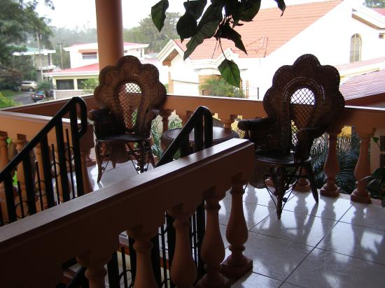 Adventure Inn: Balcony outside our room
