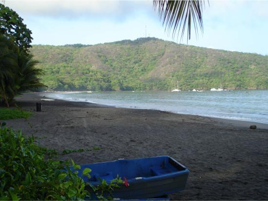 Hotel El Velero : Beach View