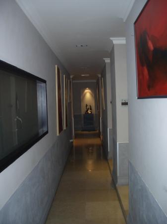 Residenza A: Corridor