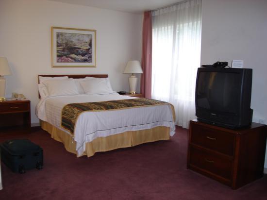 Residence Inn Provo : bedroom