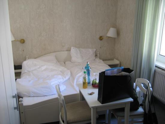 Hotel Bellmoor im Dammtorpalais: Small room