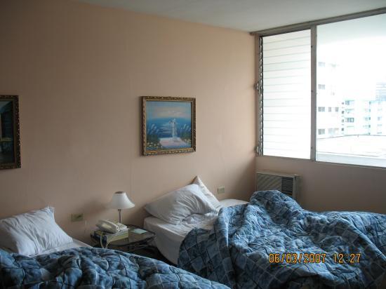 Las Vegas Hotel Suites: beds