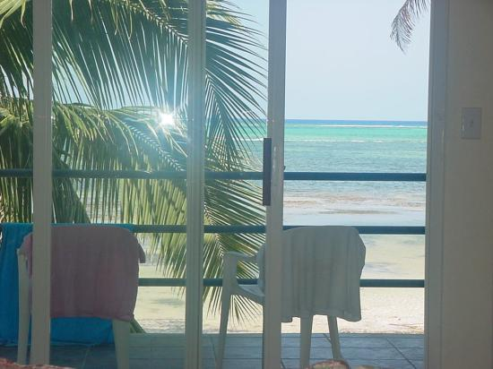 Tres Cocos Resort : View from the couch