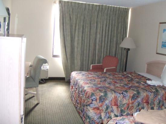 Sheridan Hotel & Conference Center : decent room-orlando int'l hotel