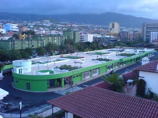 Hotel Marte: Puerto de la Cruz Bus station from the Hotel roof terrace