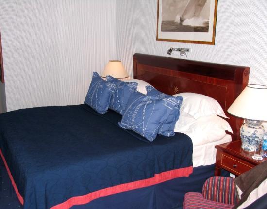 Kempinski Hotel Moika 22: The Bedroom