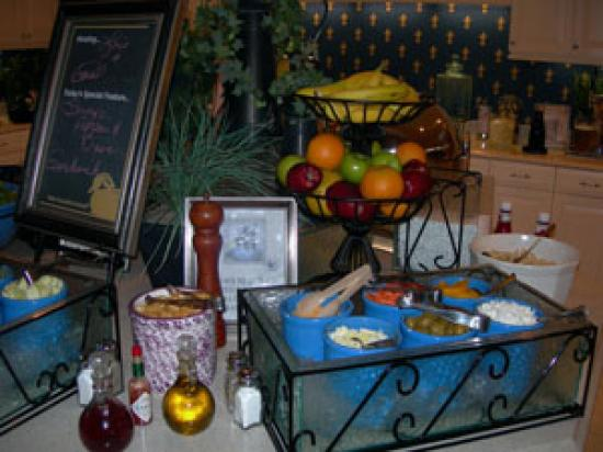 Homewood Suites Harrisburg East-Hershey Area: dining area