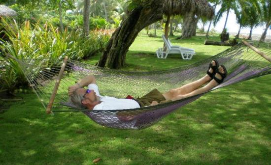 Alma del Pacifico Beach Hotel & Spa: Barry's Hammock Time