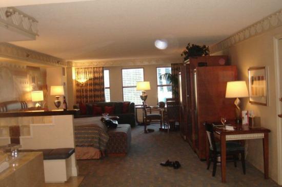 New york-new york hotel & casino ziggurat suite sports gambling tunica