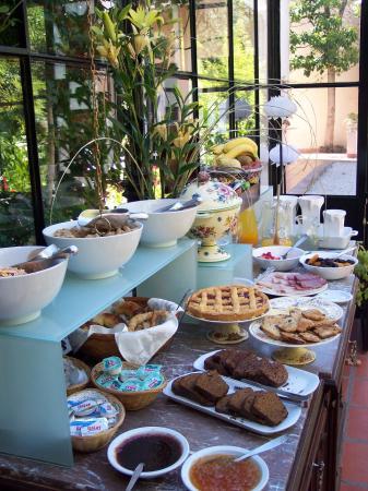 هوتل دي كاسكو: Delicious home made breakfast