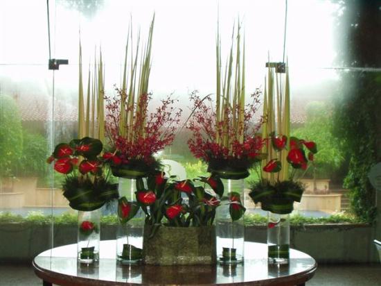 d co florale picture of renaissance mumbai convention. Black Bedroom Furniture Sets. Home Design Ideas
