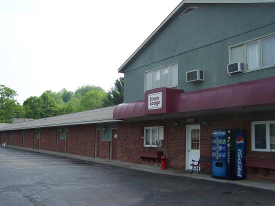 Econo Lodge Hornell: Reception