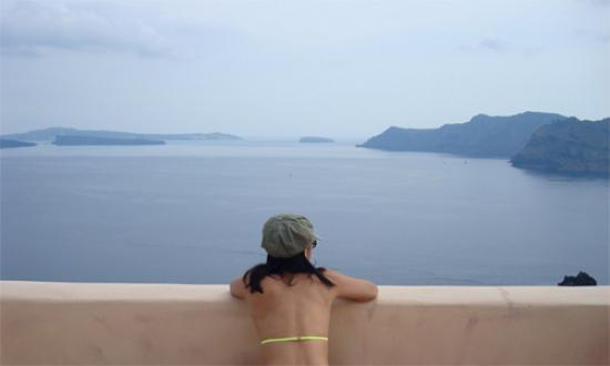Art Maisons Luxury Santorini Hotels Aspaki & Oia Castle: Frontal view of the sea from balcony
