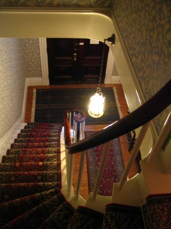 Amelia Payson House: Cool stairs.