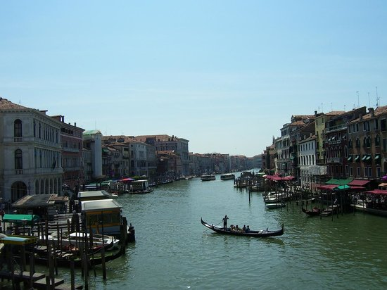 Veneza, Itália: View from Rialto Bridge Venice