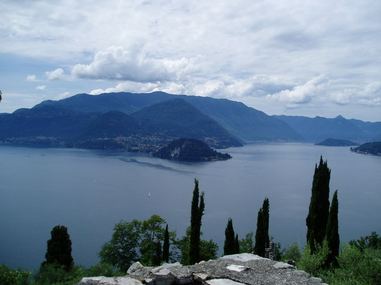 Varenna, Italie : Lake view