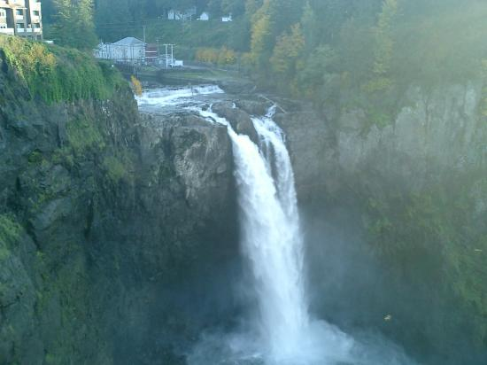 Snoqualmie Falls: Fall from the Top