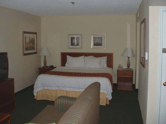 Residence Inn Anaheim Placentia/Fullerton: Residence Inn Placentia Bedroom