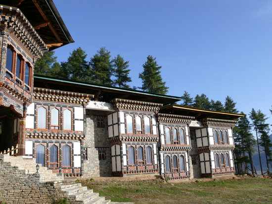 Phobjikha Valley, Bhutan: The beautiful hotel exterior