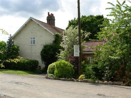Claxton Hall Cottage B&B: Claxton Hall