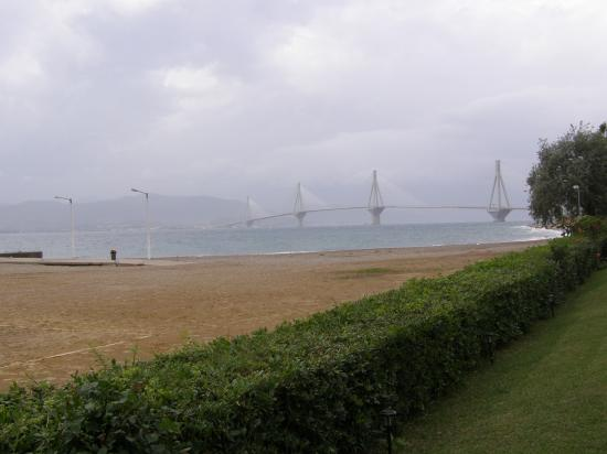 Porto Rio Hotel: Beach and view from pool area