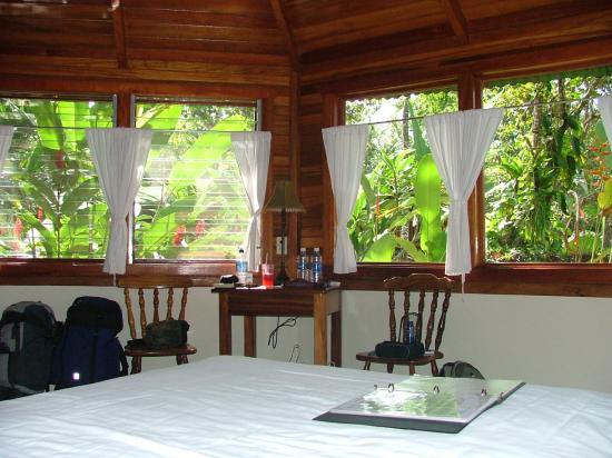 Corcovado Beach Lodge: the cabin where I stayed
