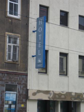 Hotel Exe Vienna: Outside of the Eurostars