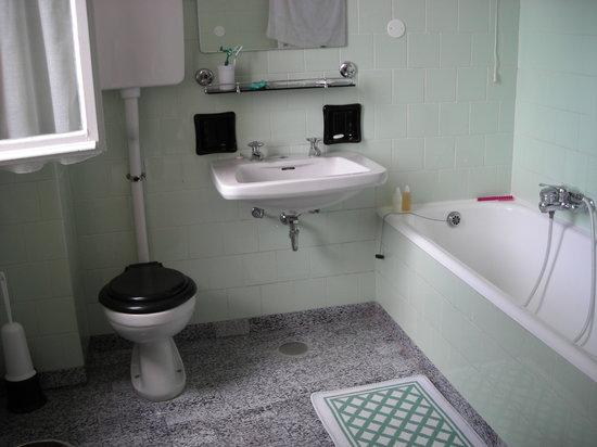 Albergo Giardinetto : bathroom