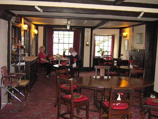 The Kings Arms Hotel: The dining room, Great Breakfast!!