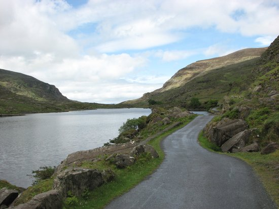 Gap of Dunloe: Heading toward Kate Kearney's Cottage