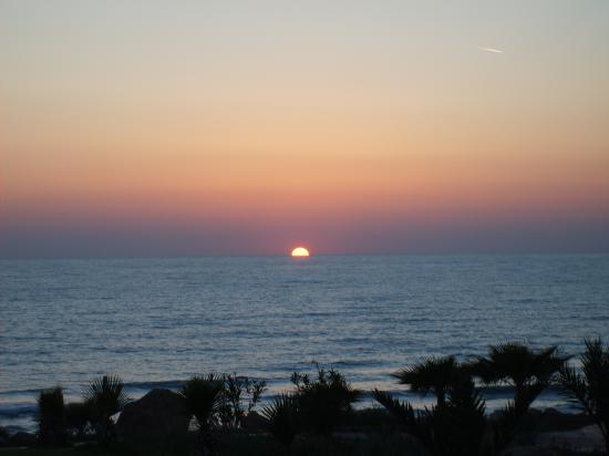 Helios Bay Hotel: The beautiful sunset