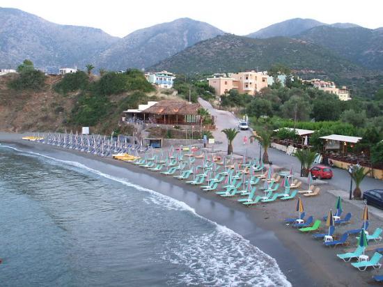 Bali Star Hotel: Beach