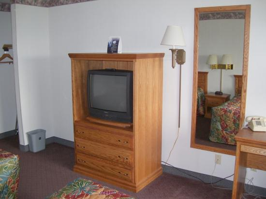 Best Western Blackfoot Inn: Television with 58 channels available