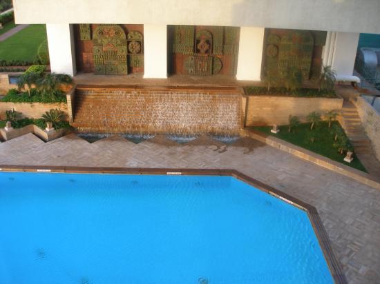 The Oberoi, Mumbai: vista de la piscina desde la habitación