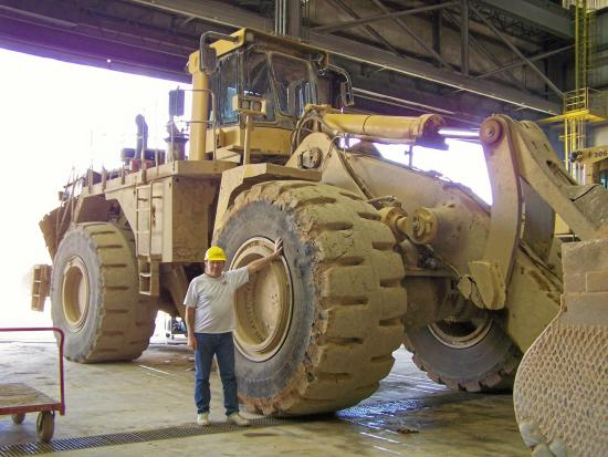 Victor, CO: Big Loader
