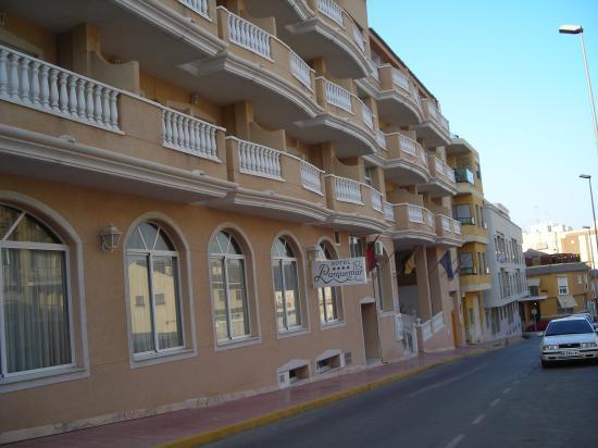 Hotel Parque Mar: hotel entrance