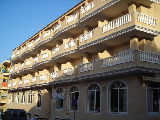 Hotel Parque Mar: late sun at rear