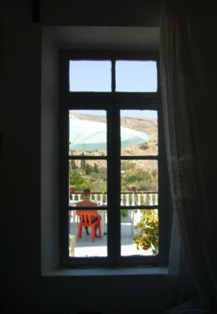 Pension Electra : VIew out to the courtyard
