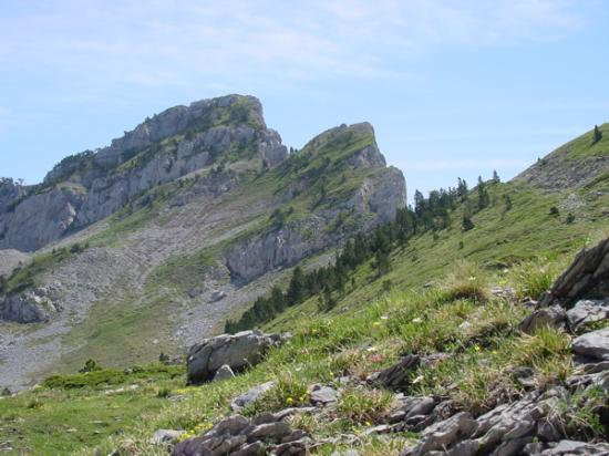 Lescun, France : The GR 10 hiking trail.