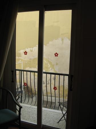 Adrian Hotel: your beautiful patio view! :)