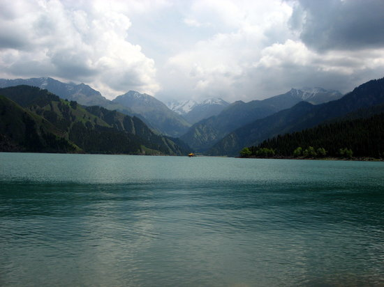 Tian Chi (Heavenly Lake) 1,5 hour from Urumqi, Xinjiang!!!