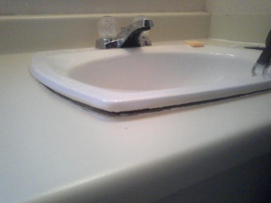 All Inn: sink separating from counter