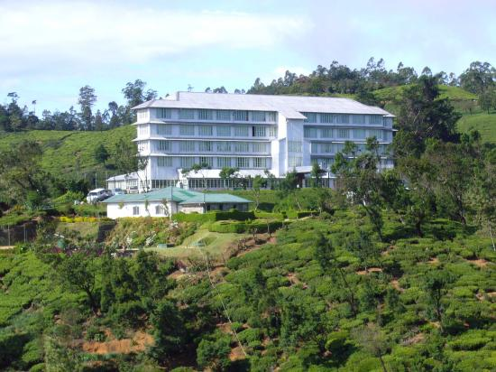Heritance Tea Factory: Built on top of a hill offers a great view