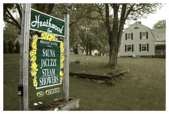 Heathwood Inn & Suites: Heathwood Inn